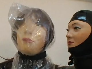 14 Breath Control Rubber Doll Gaskmask Vibrated
